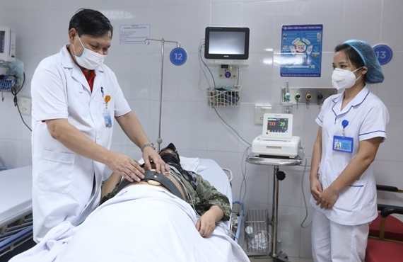 http://media.doisong.vn/stores/news_dataimages/quannh/092021/21/13/croped/04.jpg